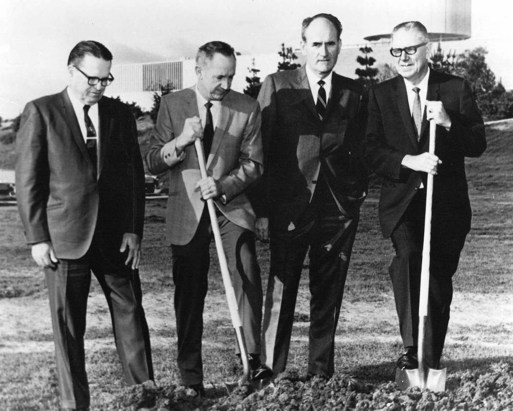 William Niland ground breaking